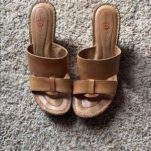 Born crown leather wedges